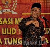 Idham Samawi-SMALL